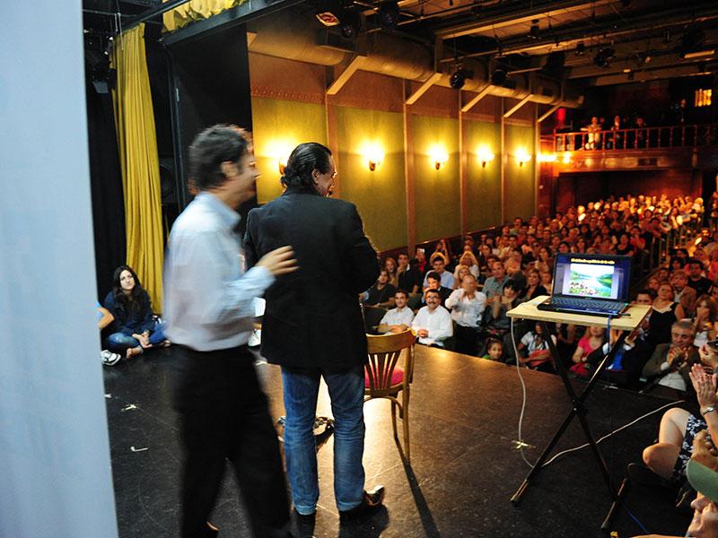 Conferencia Alerta Global, Luis Seguessa, en Teatro La Casona