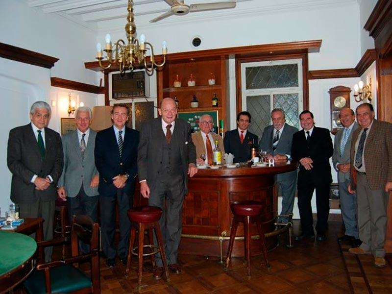 Luis Seguessa en el Club Social de Rosario, Argentina