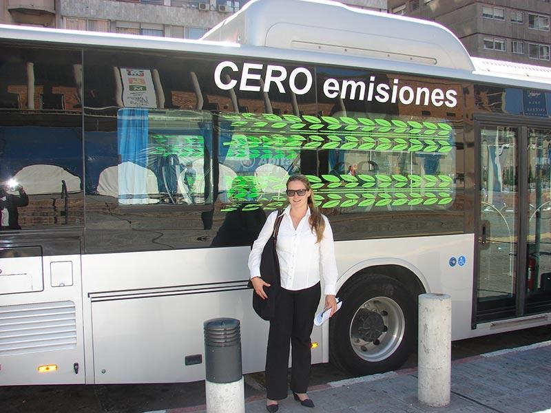 lanzamiento de omnibus electricos en montevideo